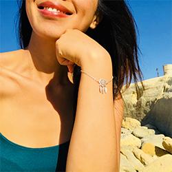 Offre d'abonnement 1 an - 6 numéros + le bracelet Attrape-rêve en argent de Karma Yoga shop